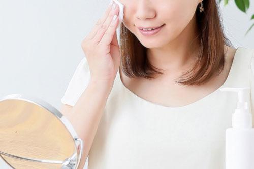 収れん化粧水の正しい使い方